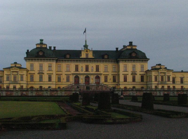 Královský zámek v Drottningholmu